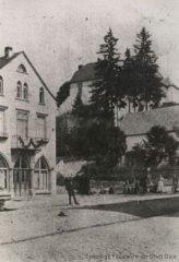 Laufbrunnen am alten Markt, Leopoldstraße/Bahnhofsweg